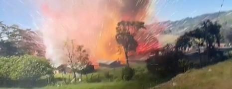 Felrobbant egy tűzijátékgyár Kolumbiában. És videóra is vették