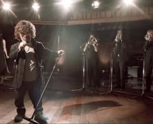 Összeállt egy videoklip erejéig a Trónok harca szereplőgárdája a Coldplay-jel