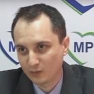"""""""Politikus vagyok, barátnőt keresek"""" – Giurgiuban, egy sajtótájékoztatón"""