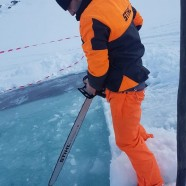 Vastag jégen: így telnek a jégművesek hétköznapjai, és így épül egy jéghotel