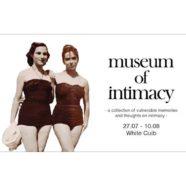 Az intimitás múzeuma. Feldereng egy régi emlék…