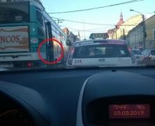 Igazi buszos tömegnyomort csíptünk el Kolozsváron